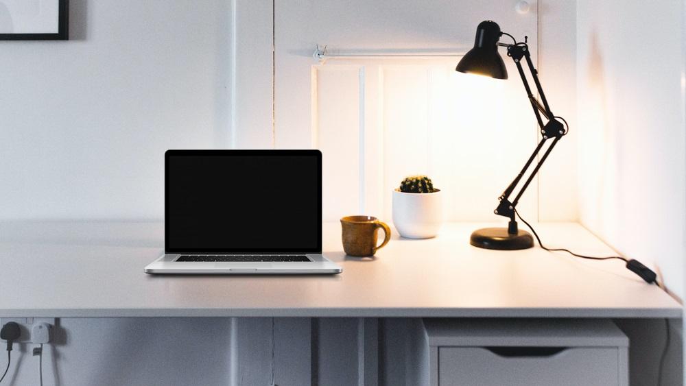 Directe functionele verlichting bureaulamp